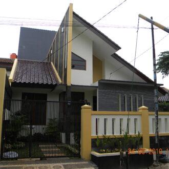 Rumah Tinggal 2 Lantai di Jatirahayu , Kota bekasi